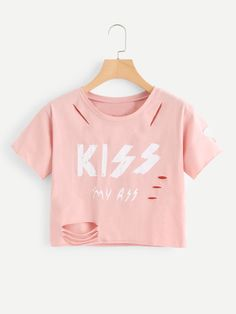 To find out about the Letter Print Raw Edge Ripped Tee at SHEIN, part of our latest T-Shirts ready to shop online today! Crop Tops For Kids, Cute Crop Tops, Crop Top Shirts, Ripped Shirts, Crop Shirt, Girls Fashion Clothes, Teen Fashion Outfits, Outfits For Teens, Fashion Dresses
