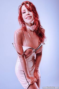 Latex Pinup Bianca Beauchamp … www.latexlair.com