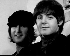 The late singer/songwriter, who was known as the joker of the band, faked the signatures of Paul McCartney, George Harrison and Ringo Starr Beatles Band, Beatles Love, Les Beatles, Beatles Photos, John Lennon Paul Mccartney, Look At My, The Fab Four, John Paul, Sir Paul