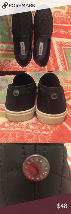 Steve Madden Shoes Super comfy Steve Madden shoes, only wore a couple times! No scuffs or scraps Steve Madden Shoes Sneakers