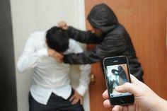 El ciberbullying es peligroso: Qué deben saber los padres http://psicopedia.org/2551/el-ciberbullying-es-peligroso-que-deben-saber-los-padres/