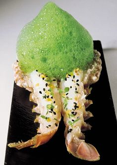 try to consider our increasingly rich world with delicious and nutritious cuisine. Food Plating Techniques, Michelin Star Food, Food Icons, Food Humor, Molecular Gastronomy, Culinary Arts, Perfect Food, Creative Food, Food Presentation
