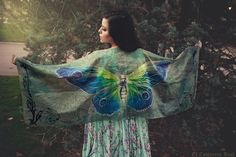 Butterfly scarf wings fairy bohemian blue and green dancing foulard by CostureroReal on Etsy Butterfly Scarf, Butterfly Print, Shawl Cardigan, Scarf Dress, Green Wing, Blue Green, Fairytale Fashion, Presents For Her, Fantasy Women