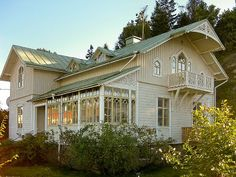 Swedish house with traditional glazed porch Swedish Cottage, Swedish House, This Old House, My House, Beautiful Buildings, Beautiful Homes, German Houses, Villa, Cottage Exterior