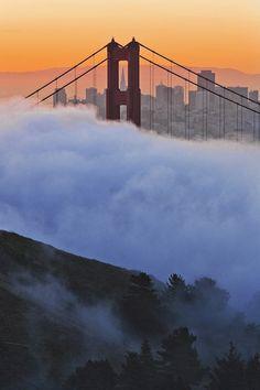 Sunrise over Golden Gate bridge  in San Francisco by Gleb Tarro