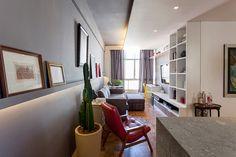 Decoração de: Sala de estar; vaso de cacto; Casa de Valentina