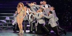 "Jennifer Lopez, 46, maravilhosa em ""All I have"". #JenniferLopez #JLo #body #fitness #youth #age #idade #corpo #segredo #saúde #beleza #juventude #maisde40 #over40"