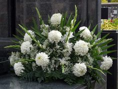 Funeral Flower Arrangements, Beautiful Flower Arrangements, Funeral Flowers, Beautiful Flowers, My Flower, Flower Power, All Saints Day, Carnations, Centerpieces