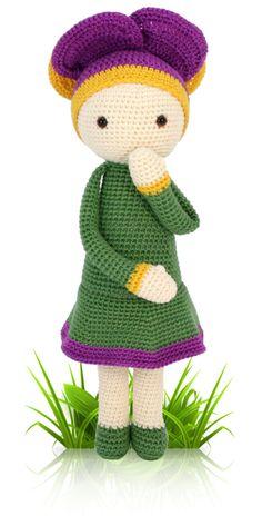 Violet Vicky - crochet amigurumi pattern by Zabbez / Bas den Braver
