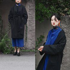 Autumn Kim - Royal Blue Long Dress, Balloon Coat, Flat Apartment Korean Traditional Motive Shoes, Vintage Orange Beads Earrings - Autumn blue