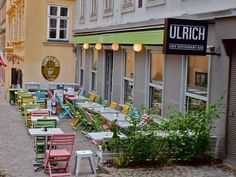 Insidertipps Wien - 1 Cafe Restaurant, Vienna Summer, Edinburgh, Heart Of Europe, Hotels, Vienna Austria, Time Out, Most Visited, Places To See