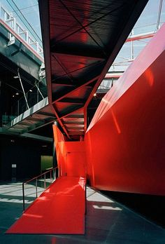 Museum of Contemporary Art, by / selon Odile Decq & Benoit Cornette Architectes Urbanistes