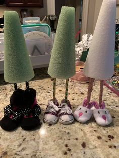 Diy Arts And Crafts, Crafts To Make, Fun Crafts, Christmas Gnome, Christmas Projects, Halloween Crafts, Holiday Crafts, Crafty Craft, Crafting