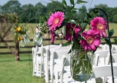 Learn how to plan a summer wedding!
