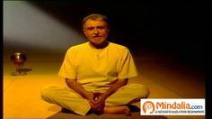 Sesión de posturas de Yoga y de relajación, con Luisa Jiménez y Ramiro C...