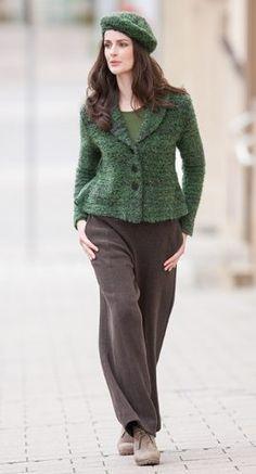Bio Mode - Jacke Bouclé Merino, Shirt in Organic Cotton und Modal Edelweiss, Hose aus Double Face in Schurwolle - Bio Baumwolle, Größen S bis XL - Finesse Fashion ©