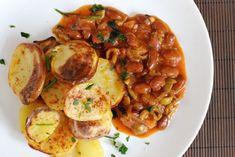 Fotorecept: Fazuľovo-olivová omáčka s pečenými zemiakmi