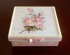 Caixa decorada em mdf - Flores Rosas
