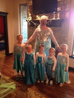 Uma família inteira de Elsas do filme Frozen!