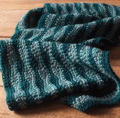 Seneca Cowl - Knitting Patterns and Crochet Patterns from KnitPicks.com $1.99