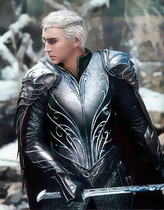 Found this on Twitter. #Thranduil with short hair. What a different look!