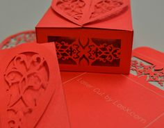Laser cut folding heart box, perfect for wedding favors at each place setting. Clever Packaging, Innovative Packaging, Custom Packaging, Laser Cut Box, Laser Cutting, Valentines Day Treats, Be My Valentine, Custom Stencils, Laser Machine