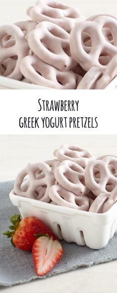 Strawberry Greek Yogurt Pretzels: Tangy bite-sized pieces of heaven.