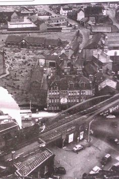 Longton station Stoke-on-Trent Old Pictures, Old Photos, Old Pottery, Great Memories, Childhood Memories, Industrial Architecture, Stoke On Trent, White Picture, Local History