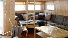brisk og sovebenk Xc Ski, Nice Things, Beach House, Couch, Interior, Modern, Furniture, Home Decor, Cabin
