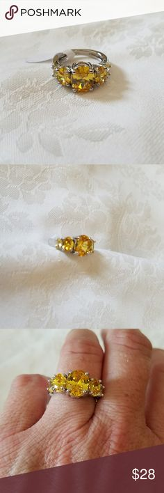 New 3.3 ct Citrine Sterling Silver 925 Ring Beautiful 3.3 ct Citrine Sterling Silver 925 Ring  Size: 6  Color: Yellow Jewelry Rings