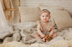 Copii si familie - Fotografie de familie by Magda Constantin 1st Birthday Photoshoot, Photoshoot Themes, Baby Birthday Pictures, Outdoor Baby Photos, Boho Baby, Boho Girl, Baby Girl Photos, Photographing Kids, Children Photography