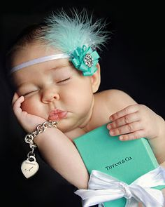 LOVE this Tiffany & Co. baby pic so freaking cute!  Would be cute when you give the bracelet on 16th