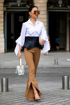 The Most Traffic-Stopping Street Style From Paris Couture We.- The Most Traffic-Stopping Street Style From Paris Couture Week Paris Couture Week 2019 Best Street Style - Best Street Style, Casual Street Style, Street Style Looks, Street Chic, Street Style London, Paris Style, Street Look, Street Style Women, Street Wear