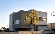 Hasharon House by Sharon Neuman Architects  (4)