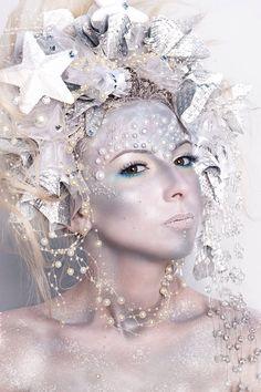 Iana Willkofer, Winter fashion makeup, white makeup, avantgarde makeup