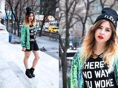 Check out my fashion blog for more - http://www.helloomonica.com Follow me on bloglovin' - http://www.bloglovin.com/loginredirect?redirect=%2Fen%2Fblog%2F2242879%2Fmonicabarleycorn  Instagram - @monicabarleycorn Twitter - helloomonica