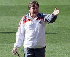 António Camacho, antigo treinador do Benfica.