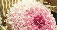 Crochet: PILLOW GEORGINKA