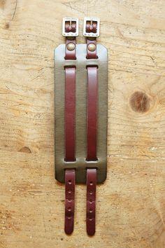 Wide Leather Belt, Leather Art, Leather Gifts, Leather Collar, Leather Jewelry, Handmade Leather, Leather Bracelet Tutorial, Leather Keychain, Cool Mens Bracelets