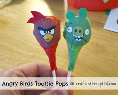 Craft, Interrupted: Angry Birds Party Favors ~ Bird & Piggie Tootsie Pops w/ Printable