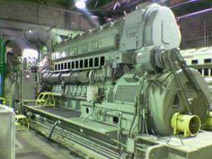 Fairbank Morse submarine diesel engine. Fairbanks Morse, Motor Diesel, Merchant Marine, Engine Start, Combustion Engine, Heavy Machinery, Boat Stuff, Diesel Locomotive, Navy Ships