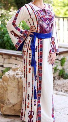 Cross Stitch Designs, Cross Stitch Patterns, Cross Stitch Floss, Palestinian Embroidery, Ethnic Bag, Embroidery Suits Design, Abayas, Caftans, Palestine