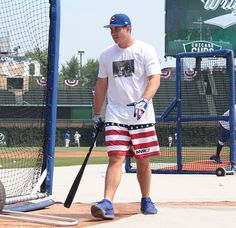 Saw this game July 4 This was batting practice we as fans are not allowed in to see World Series 2016, Cubs Win, Go Cubs Go, Cubs Baseball, My Kind Of Town, Baseball Season, National League, Miami Dolphins, Cubbies