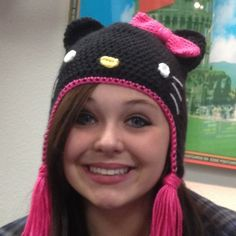 Ravelry: beckasas Paiges Black Hello Kitty Hat