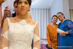 Vestidos Sob medida Carolina Barbosa das avós da noiva.