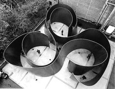Richard Serra, Cycle, 2011 interaction of space and objects creating a specified path for both eye and body to follow.