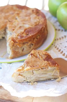Why does it seem like apples are considered a fall dessert ingredient? Is it just me or are they pretty delicious and in season all year round? There is never ever a time of year that I don't…