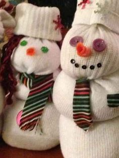 Sock snowmen - an inexpensive Christmas craft