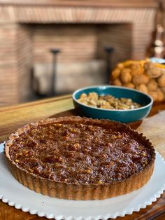 Ma recette de tarte aux noix - Laurent Mariotte Fall Recipes, Sweet Recipes, Diy Food, Food Inspiration, Biscuits, Sweet Treats, Deserts, Food And Drink, Sweets