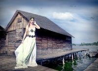 I made the dress and the headdress for a beautifull magical fairy queen of the lake. Photo by Judith Haraszti The Shanty, Fairy Queen, Fantasy, Headdress, Building, Travel, Design, Viajes, Fascinators
